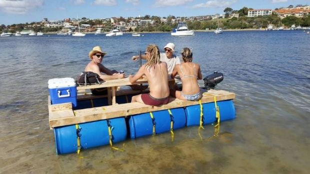 Bizarre trends motorized picnic tables are making a for Picnic boat plans
