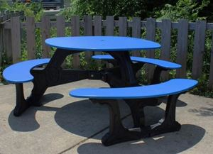 46u201d Round Recycled Plastic Picnic Table